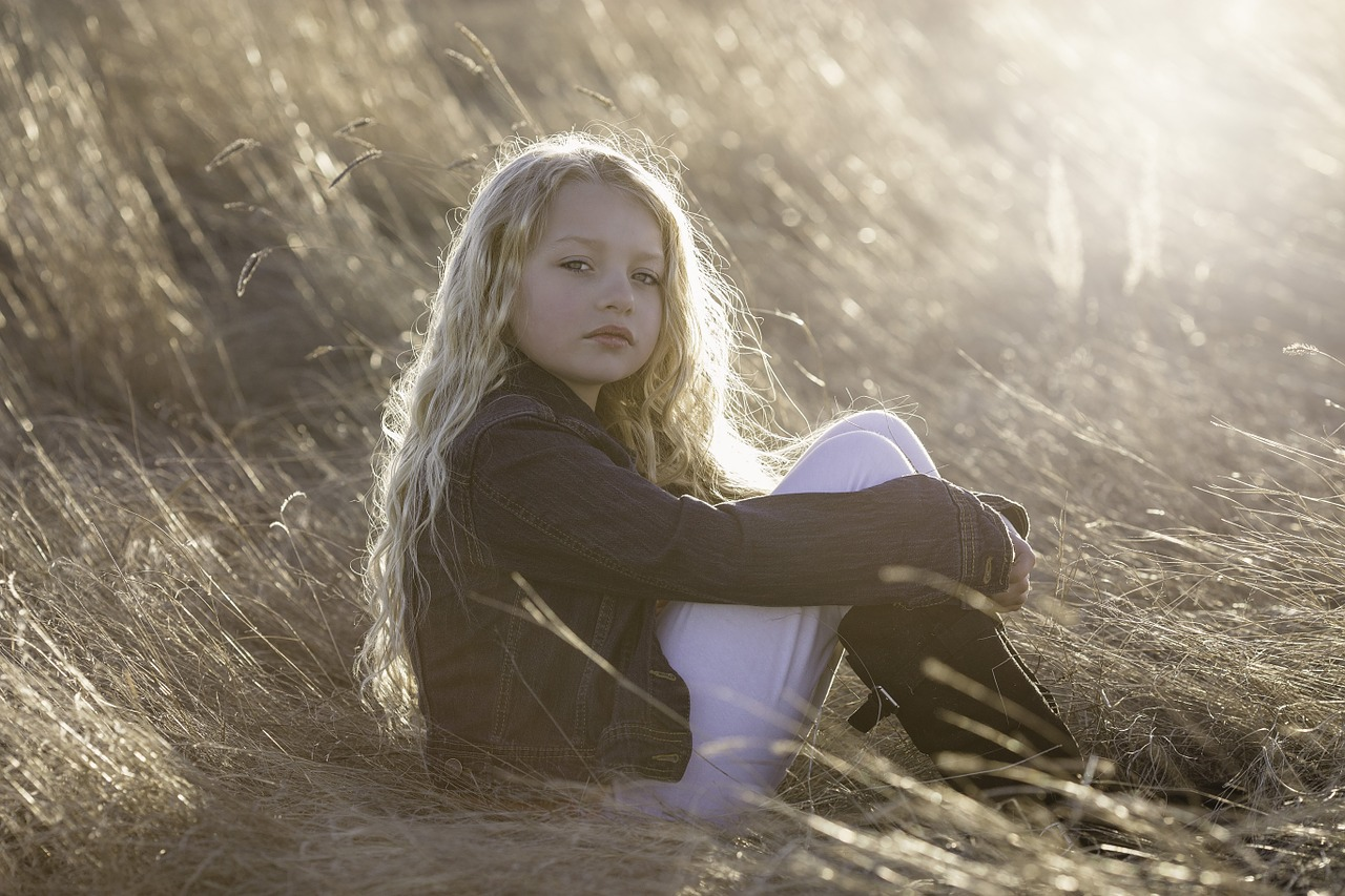 WEEPING WILLOW: HELPING A TRAUMATIZED CHILD FIND HER FEELINGS